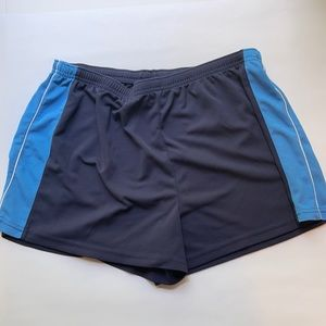 *Last chance* Russell women's athletic shorts L